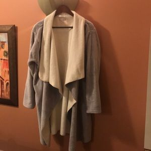 Wysteria Lane lounging robe